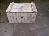 VINTAGE SHABBY CHIC RUSTIC FRENCH INSPIRED FARMHOUSE TRUNK CHEST COFFEE TABLE
