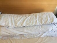 Duvet M&S 13.5 with cover