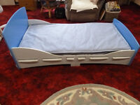 Childs bed,wooden, slots together, tools not needed, has been used just once VGC blue/white