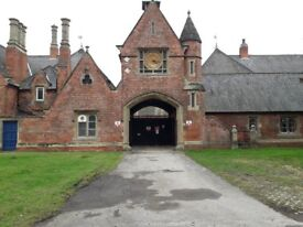 STUDIO FLAT to let within Victorian Stable Block on Rossington Hall Estate