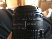 Nikon 24-85 F2.8-4 D.