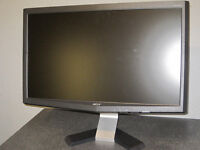 ACER 22 inch widescreen LCD monitor for sale