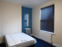 Large room in a just refurbished house share bills included.