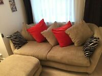 Exclusive Oyster design sofa with footstool in excellent condition (from Sofaworks/CSL)