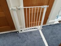 Childs Safety 1st adjustable Stairgate