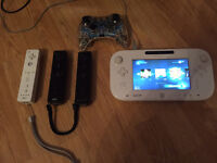Wii U 8GB with 5 controllers and 6 games
