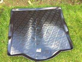Ford Mondeo estate boot liner