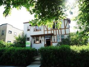 1 Bedroom - Tudor Manor - apartment for rent in Lethbridge -...