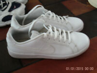 Nike trainers size 6 £5