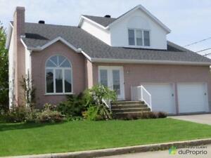 258 700$ - Maison 2 étages à vendre