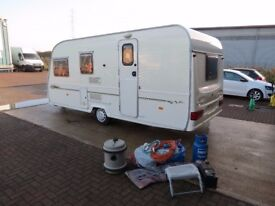 Avondale Lindrick 2001 year,4 berth,end bathroom,tested ,dry,very clean,full awning and accessories