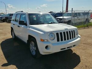 2010 Jeep Patriot 2.4L 4 cyl!! 4WD Inspected & Warranty!!