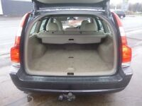 Volvo V70 D5 SE E4,2400 cc Estate,full MOT,half leather interior,dog guard,runs and drives very well
