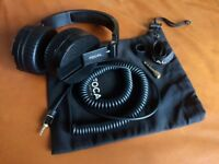 Spirit Focal Professional / Pro Studio Sealed Audiophile Headphones - MiNTY!