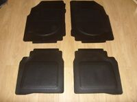 Set of 4 Genuine Nissan Note MK1 (2006-2013) Moulded Rubber Car Mats - Great Condition