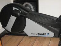 ROGER BLACK CROSS TRAINER