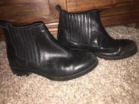 Faux leather topshop boots size 4