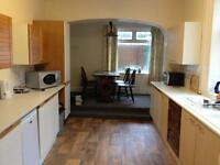 Room in shared house for working people or students. No DHSS. All mod cons and all bills paid.