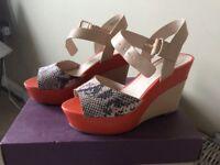 Clarke's High wedge shoes orange beige snakeskin leather size5