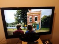 """Great 37"""" LG LCD TV hd ready, freeview inbuilt"""