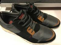 Levi's NY Runner shoe