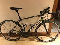Look 566 Carbon road bike - almost new