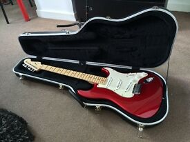 Fender American Standard Stratocaster - Candy Apple Red w/ Case