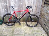 "Giant XTC2 Mountain Bike size 21"" - Excellent condition"