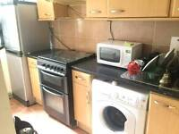 Nice double room available in holloway just 175 pw no fees
