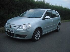 VW Polo 1.4 TDI diesel Blue Motion 2009 model only 35000 miles five door air con