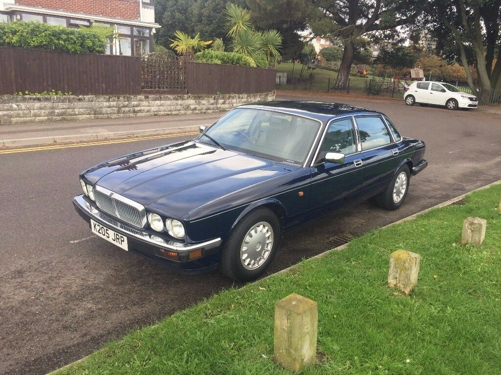 JAGUAR XJ40 1993 AUTOMATIC RARE 51,200 miles ONE OWNER FROM NEW