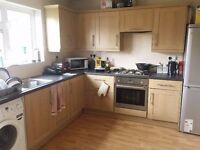 STUDENTS | 3 BED Semi Detached House | West Drayton | £1495 PCM