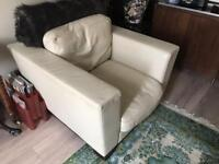 LARGE ITALIAN LEATHER CHAIR. CREAM!