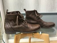 Size 12 men's leather boots