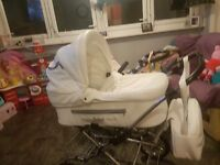 £250Never been used Pushchair with carrycot and seat
