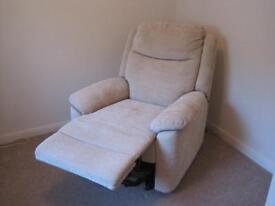 BetterLife Evesham Dual Motor Riser Recliner Chair