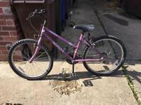 """Ladies bike - 24"""" wheels"""