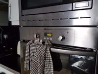 Integrated Hotpoint Oven w/ Free Integrated Microwave - Bargain Price