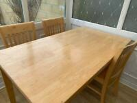 solid oak dining set, table with 4 chairs oto