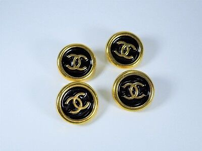 VINTAGE CHANEL REPLACEMENT BUTTON STAMPED BLACK AND GOLD CC 18MM