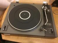 Vintage pioneer Pl-112D turntable