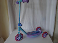 Disney Frozen 3-Wheeled Scooter
