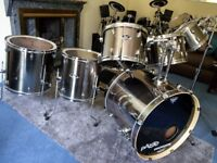 Pearl EXX 8 Piece Shell Pack & Hardcases