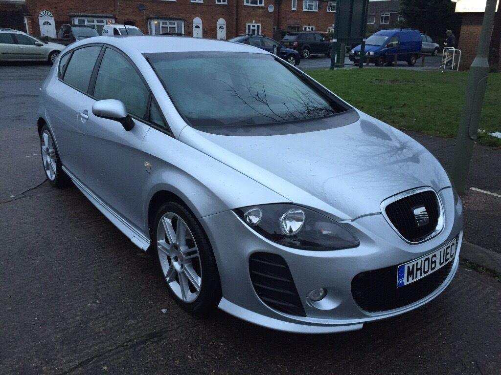 seat leon  silver  worcester park london gumtree