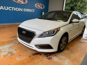 2017 Hyundai Sonata Hybrid Limited HYBRID/ HEATED LEATHER/ PA...