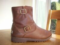 Tan leather Ugg ankle boots ladies size 4