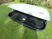 Karrite Contour roofbox - 152cm long x 91cm wide - with keys