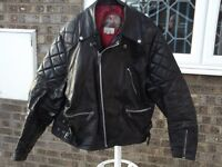 """TT Leathers Motorcycle mans jacket size 44"""" chest."""