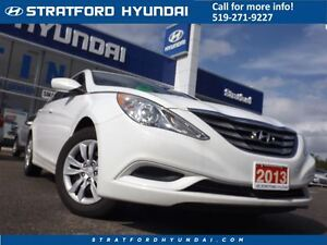 2013 Hyundai Sonata GL | NO ACCIDENTS | HEATED SEATS & BLUETOOTH Stratford Kitchener Area image 1