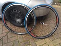 Shimano R550 700c wheels
